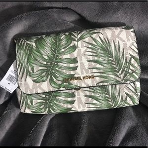 ❗️Limited ⏱ Price Drop❗️Michael Kors handbag
